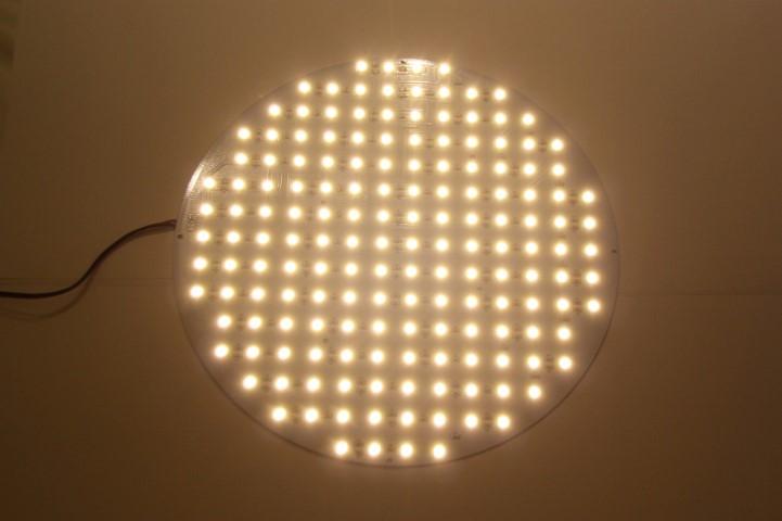 ledware smd ledplaat 12 volt 38 watt 162 leds diamemter. Black Bedroom Furniture Sets. Home Design Ideas
